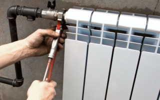 Как разобрать чугунную батарею отопления по секциям и заново ее собрать: полезные советы и видео