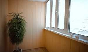Как обшить балкон пластиковыми панелями внутри своими руками и сколько это стоит
