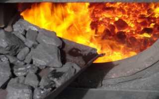 Можно ли топить кирпичную печь углем и дровами, и как правильно это делать
