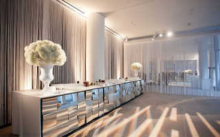 Использование нитяных штор в интерьере разных комнат: выбор разновидности и цветовой гаммы